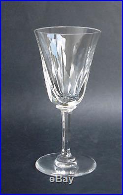 12 verres a bourgogne en cristal de st louis mod le. Black Bedroom Furniture Sets. Home Design Ideas