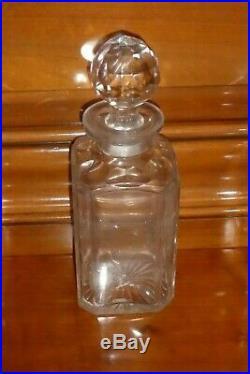 3 carafes de cave à liqueur en cristal SAINT LOUIS BACCARAT XIXème