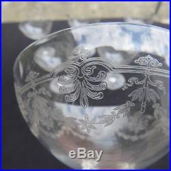 6 coupes à champagne en cristal de saint louis modèle Manon gravé
