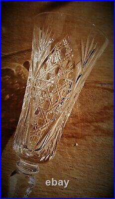 6 flûtes à champagne en cristal taillé Saint-Louis n°1