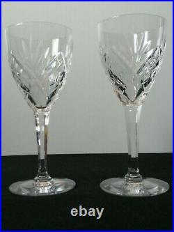 6 verres à eau en cristal de Saint Louis, modèle Chantilly