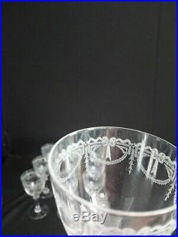 8 Verres A Vin En Cristal Saint Louis Service Millet Et Sa Carafe