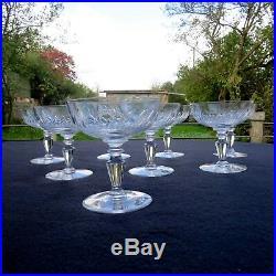 8 coupes à champagne en cristal taillé de baccarat ou st louis