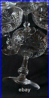 Ancienne série de 8 verres en cristal St louis coupe champagne modele massenet
