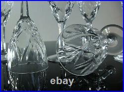 Anciennes 6 Verres A Vin En Cristal Modele Monako Taille St Louis Signe