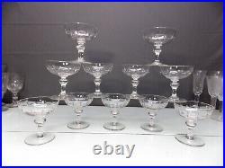 Baccarat Ou St Louis 11 Anciennes Coupes A Champagne En Cristaltailles