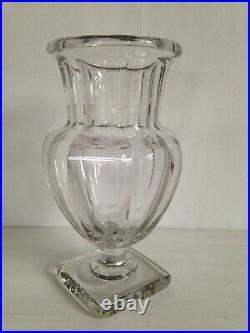 Beau Vase Cristal Médicis Facette Moulé style Saint Louis