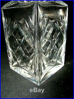 Carafe à whisky/cognac en cristal de Saint-Louis signée, Modèle Massenet