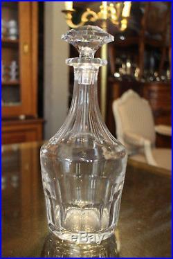 Carafe en cristal taillé signé SAINT LOUIS crystal bottle