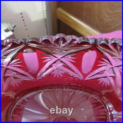 Coupe centre de table en cristal de saint louis de couleur rouge