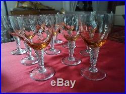 Dix verres en cristal de couleur orange estampillés SL (Saint Louis)