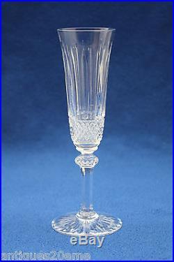 ensemble 6 fl tes champagne en cristal taill saint louis tommy 20 5 cm verres cristal st louis. Black Bedroom Furniture Sets. Home Design Ideas