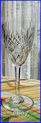 fl tes champagne en cristal de saint louis mod le chantilly verres cristal st louis. Black Bedroom Furniture Sets. Home Design Ideas