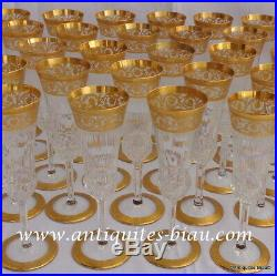 Flûte à Champagne en Saint St Louis Cristal Thistle Or signé parfait état