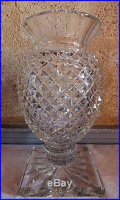 Grand vase Saint Louis cristal taillé Medicis 40 cm