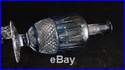 Grande carafe en cristal de Saint Louis modèle Tommy doublée bleu