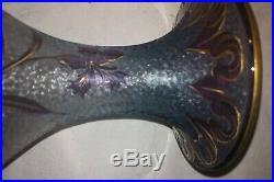 Paire de vases Cristal Saint Louis 1890 Décor De Fleur Mauves Sur Fond Bleu