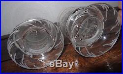 Paire de vases à accrocher en cristal gravé baccarat ou St Louis XIXe