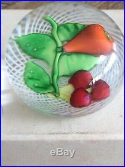 Presse-papier Sulfure Saint-louis Fruits Fond Latticino Blanc
