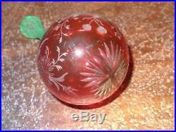 Rare boule à repriser en cristal overlay cristallerie Saint Louis XIXe