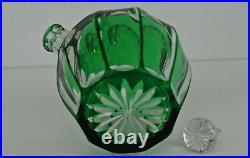 SAINT-LOUIS Carafe Boule en Cristal Doublé Vert et Taillé vers 1920
