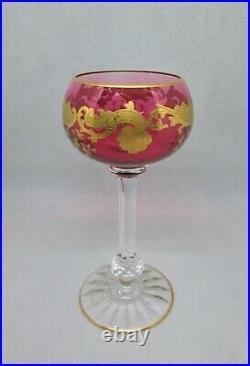 SAINT-LOUIS MASSENET OR 1 superbe verre à vin du Rhin ou Roemer Rouge