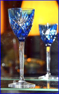 saint louis suite de dix grands verres vin du rhin en overlay de cristal verres cristal st. Black Bedroom Furniture Sets. Home Design Ideas