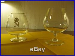 Saint-Louis, Ténazère. Neuf verres à cognac en cristal, trois au N couronné