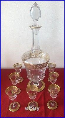 Sept Verre à Liqueur Et Carafe en cristal de Saint Louis modèle Thistle