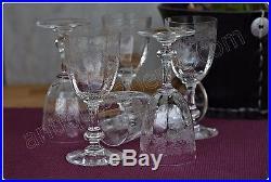 Série 9 verres à vin cuit en cristal de Saint Louis modèle Massenet gravure Cléo