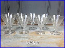 Serie De 8 Verres A Vin Blanc Cristal Saint Louis Graves Arabesques
