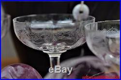 Série de 6 coupes à champagne cristal Saint Louis modèle Massenet gravure Cléo