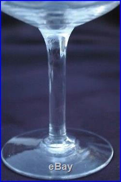 Suite 10 Coupes à Champagne Cristal gravé de ST LOUIS Vendome Catalogue 1930