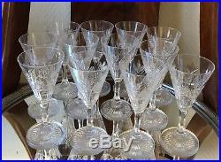 Superbe service 12 verres vin blanc cristal taillé SAINT LOUIS Signés Mod NIEPCE