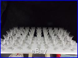 Tres Beau Service De 45 Verres Cristal Taille Chantilly-saint Louis Ou Lemberg