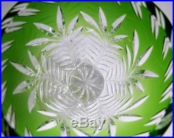 Vase Vert en Cristal Taillé de Baccarat St Louis Bohème 1,8 kg